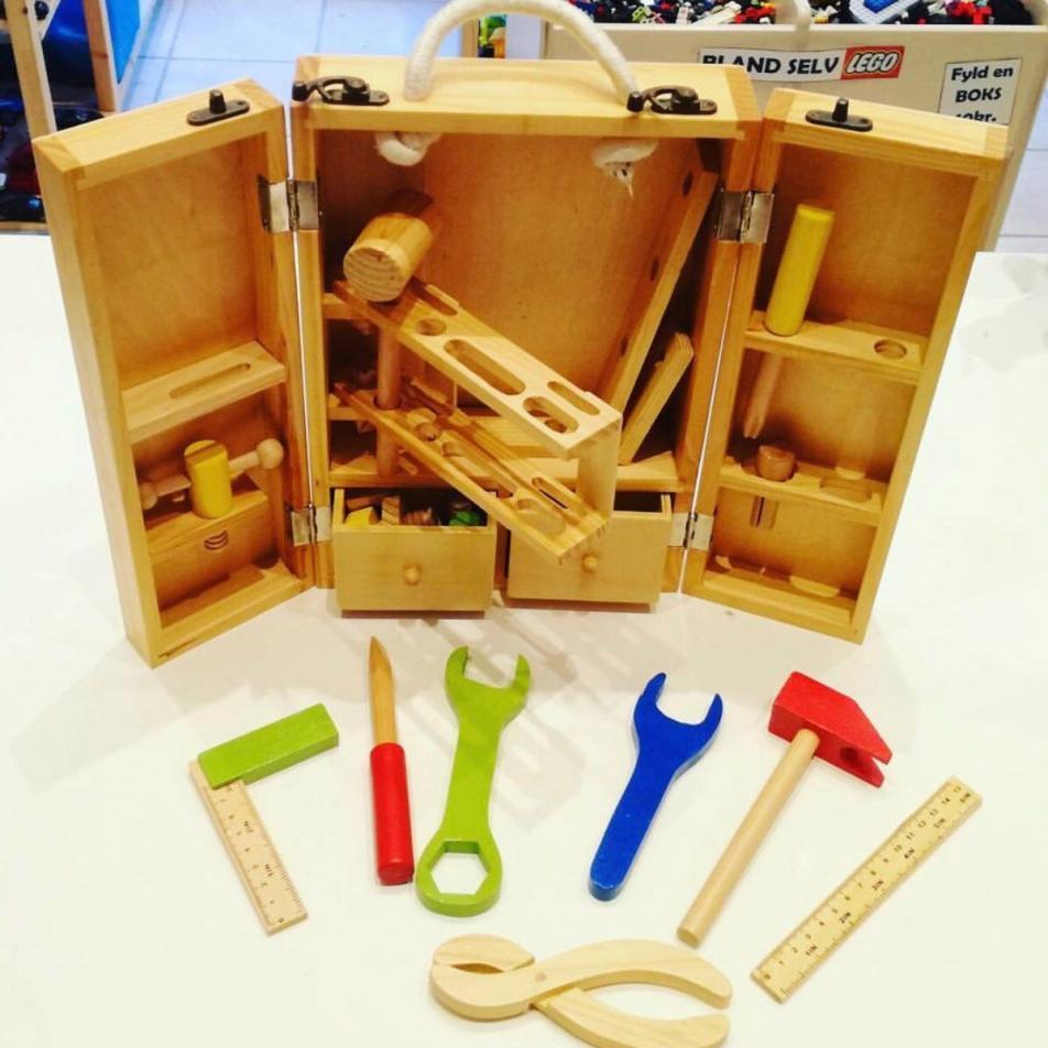 """Игровой набор из дерева """"Инструменты столяра"""", Classic World"""