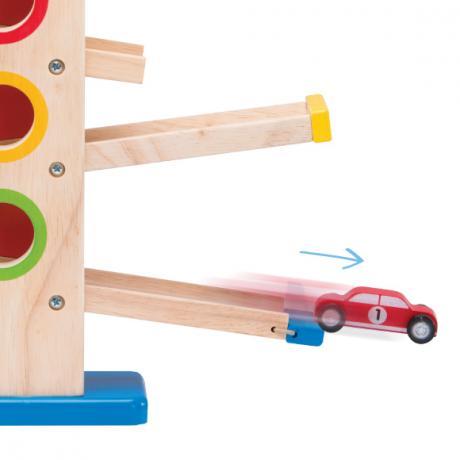 Деревянная игрушка со съезжающими машинками